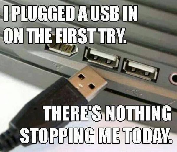 Nói thêm về cha đẻ cổng USB và những khó khăn gặp phải khi đưa ra kết nối phải cắm đến 3 lần mới vào - Ảnh 1.