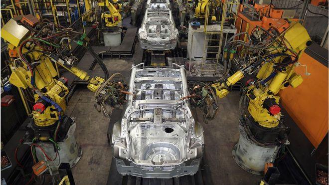 Dự báo đến năm 2030, robot sẽ thay thế 20 triệu lao động trong các nhà máy - Ảnh 1.