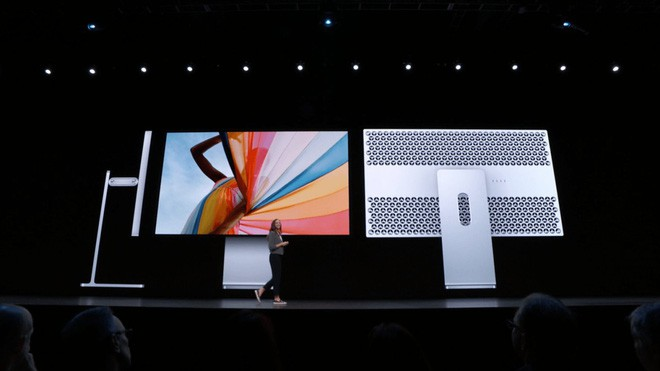 Apple bị internet trêu vì bán chân đế màn hình đắt ngang xe Wave full-option - Ảnh 1.