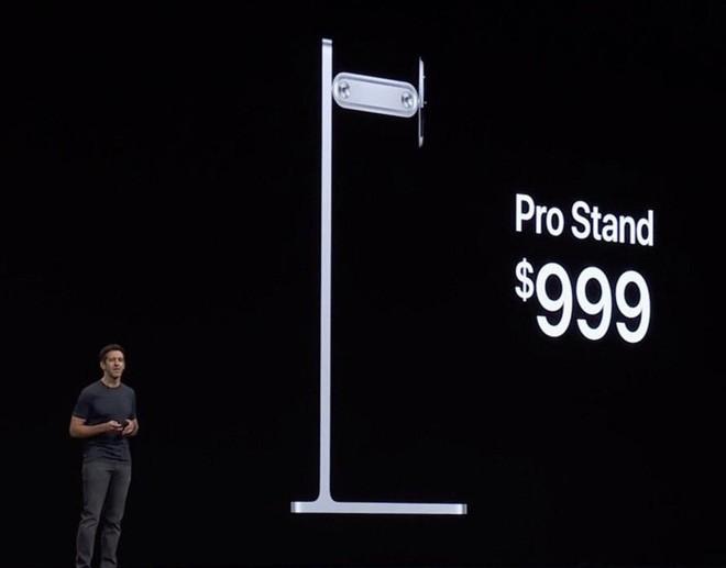 Apple bị internet trêu vì bán chân đế màn hình đắt ngang xe Wave full-option - Ảnh 2.