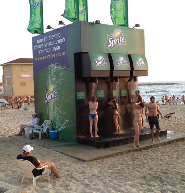 Giải trí cực mạnh với 15 thứ siêu kỳ cục trên bãi biển, số 3 sẽ khiến nhiều anh trai giật mình - Ảnh 12.