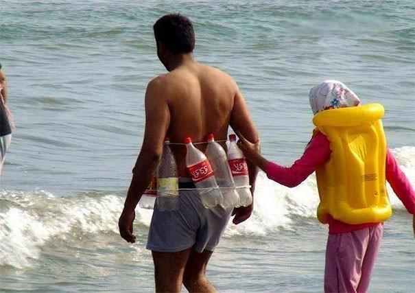 Giải trí cực mạnh với 15 thứ siêu kỳ cục trên bãi biển, số 3 sẽ khiến nhiều anh trai giật mình - Ảnh 15.