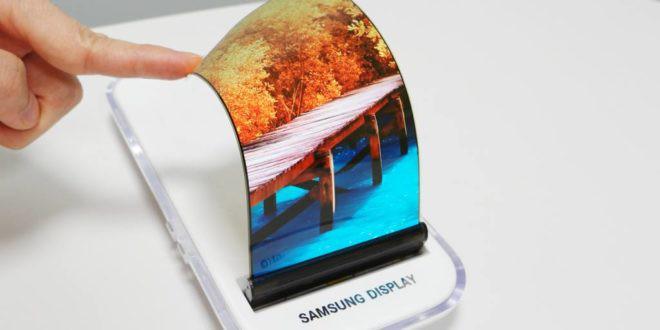 Samsung có thể rơi vào tình cảnh của Huawei, sau khi Nhật Bản tuyên bố hạn chế cung ứng linh kiện công nghệ cho Hàn Quốc - Ảnh 1.