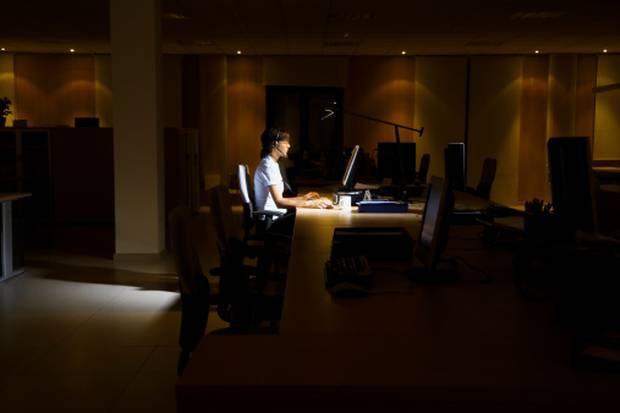 Tại sao coder thích làm đêm - Tâm sự của một coder hơn 30 năm kinh nghiệm cho thấy lý do của điều đó - Ảnh 1.