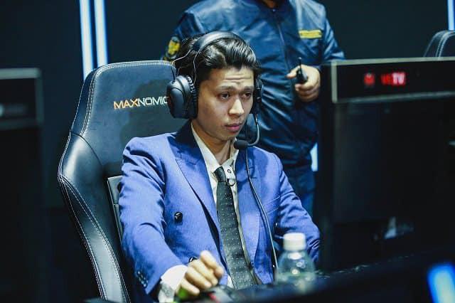 LMHT: Không hổ danh Quả Tạ Vàng, Vũ ca làm HLV rồi vẫn khiến QTV Gaming gánh án phạt vì lỗi khó đỡ - Ảnh 2.