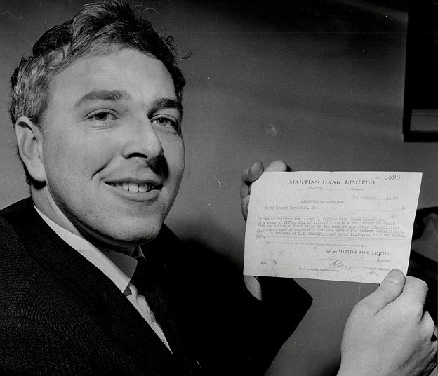 Người đàn ông làm giàu bằng Mặt Trăng: Thắng cược 24.000 USD khi tin rằng con người sẽ đặt chân lên nhà Chị Hằng - Ảnh 3.