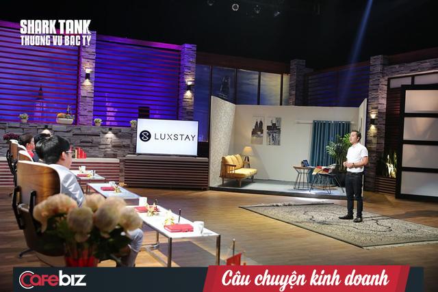 Luxstay trước khi lên sóng Shark Tank: Nhận đầu tư 168 tỷ đồng, miệt mài đốt tiền và gọi vốn, founder vẫn bạo chi hơn 42 tỷ đồng để mua 36 chiếc xe VinFast - Ảnh 1.