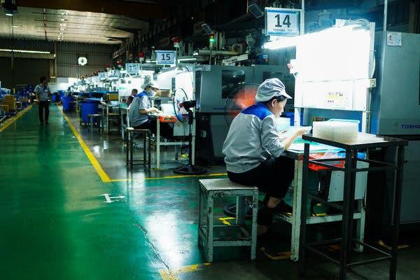 New York Times: iPhone tiếp theo của bạn có thể được sản xuất tại Việt Nam. Hãy cảm ơn cuộc chiến thương mại - Ảnh 1.