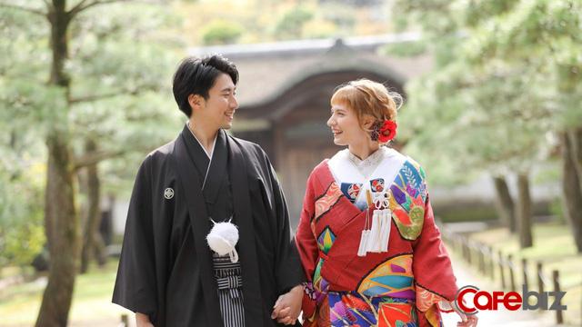 Một Nhật Bản rất khác: Mang tiếng là nước giàu nhưng cánh đàn ông còn chẳng đủ tiền để lấy vợ - Ảnh 4.
