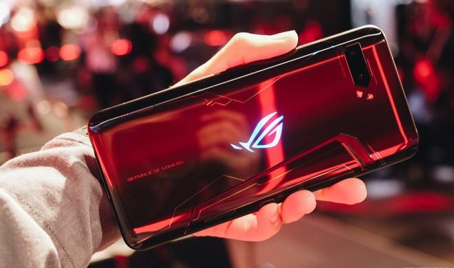 ASUS lên tiếng xin lỗi người dùng vì ROG Phone 2 cháy hàng quá nhanh - Ảnh 1.
