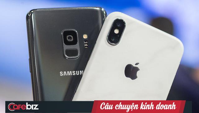 Samsung, Apple và tiểu tam LG: Mối tình tay ba trị giá hàng tỷ USD đầy ân oán - Ảnh 1.