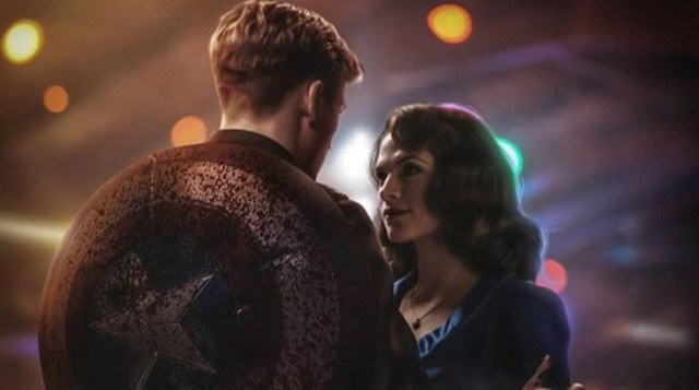 Captain America sẽ đối mặt thế nào với Peggy Carter về việc đã hôn cháu gái của mình? - Ảnh 2.