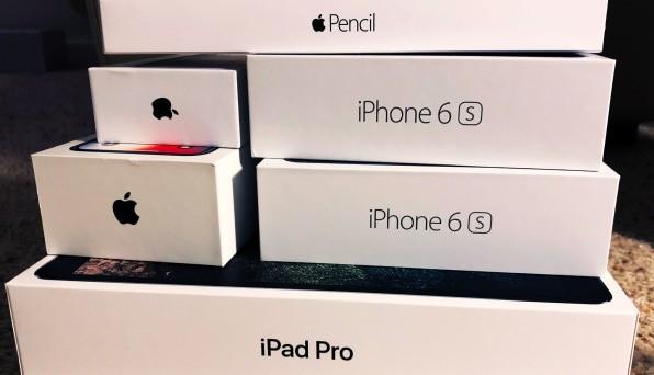 Những chiếc iPhone mới của Apple tuyệt vời quá, nên tôi quyết định không mua và dùng tiếp iPhone 6S - Ảnh 1.