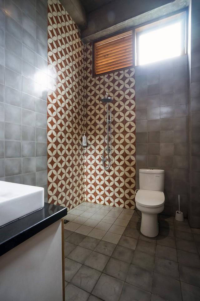 Ngôi nhà mộc đẹp mê hoặc nhờ nghệ thuật xếp gạch tuyệt tác - Ảnh 10.