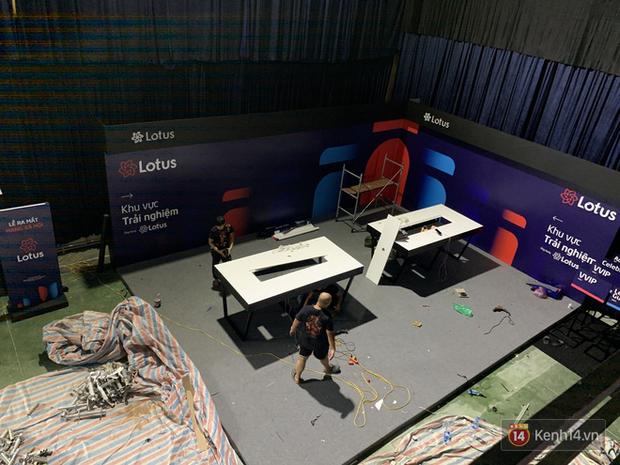Lộ ảnh sân khấu ra mắt MXH Lotus trước giờ G: Màn hình khủng mãn nhãn, công nghệ hiệu ứng 3D hoành tráng - Ảnh 21.