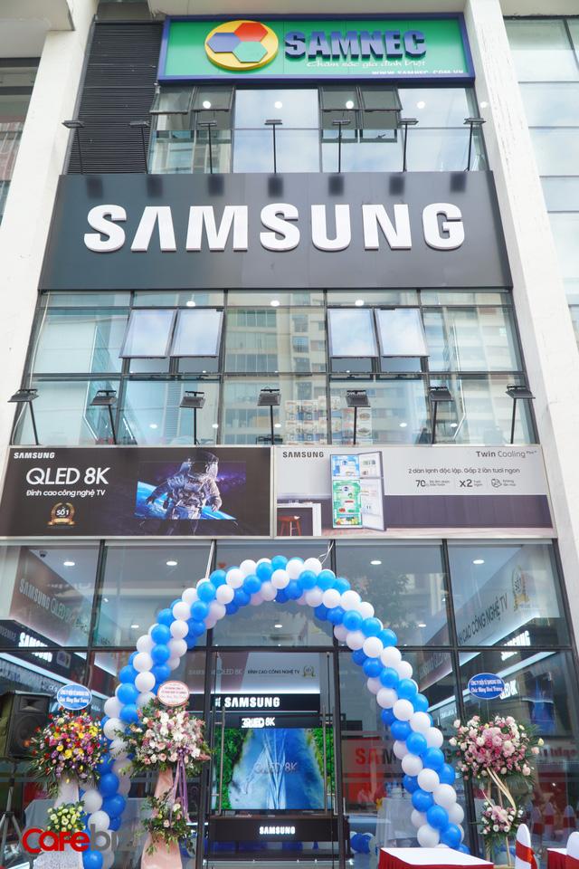 Nước cờ mới của Samsung tại Việt Nam: Bắt tay với các nhà phân phối mở một loạt cửa hàng Brand Shop, cạnh tranh trực tiếp với Thế giới Di động, Điện máy Xanh? - Ảnh 2.