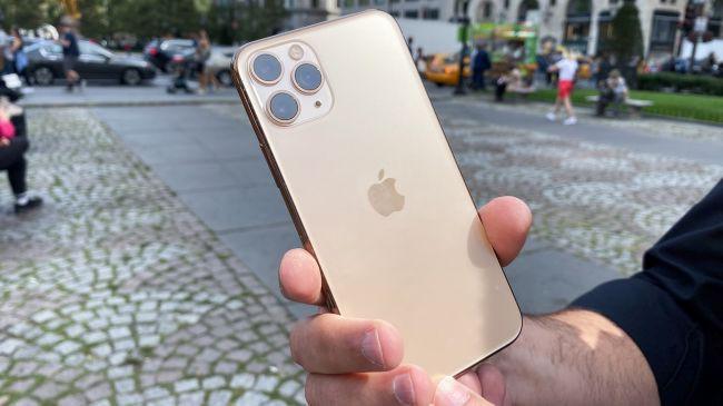 Trang bị kính bảo vệ bền nhất thế giới, iPhone 11 Pro vẫn vỡ tan nát khi thả rơi từ độ cao 1m - Ảnh 4.