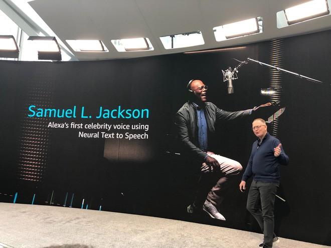 Nick Fury Samuel L. Jackson sẽ góp giọng cho trợ lý ảo Alexa của Amazon, chỉ cần bỏ ra hơn 20.000 VND là đã có thể sở hữu - Ảnh 1.