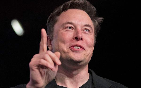 Tesla trở thành nhà sản xuất ô tô lớn nhất trong lịch sử nước Mỹ - Ảnh 1.