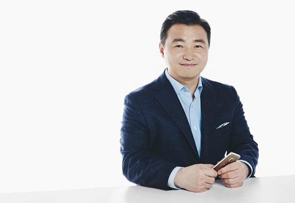 Samsung bổ nhiệm giám đốc mảng di động mới thay thế ông DJ Koh, lộ rõ tham vọng lật đổ gã khổng lồ viễn thông Huawei - Ảnh 2.