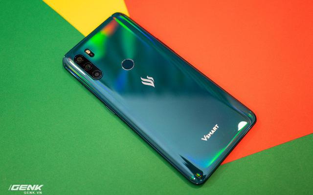 Vì sao Vsmart bỗng dưng hồi sinh tham vọng phát triển smartphone cao cấp? - Ảnh 1.