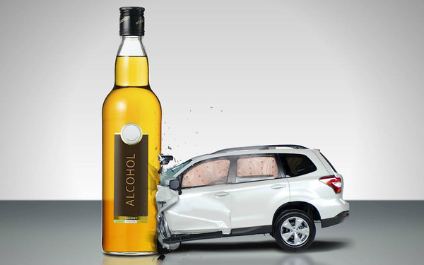 Bị phạt nặng vì uống rượu khi lái xe, dịch vụ đưa người say về nhà nhanh tay lên app - Ảnh 1.