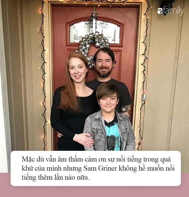 Cuộc sống hiện tại của cậu bé ảnh chế đình đám một thời: Gia đình gặp biến cố, nhờ một bức ảnh mà cứu sống được bố - Ảnh 5.
