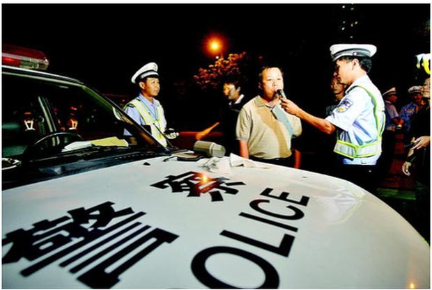 Hình phạt cho việc lái xe sau khi uống rượu bia tại các quốc gia trên thế giới: Xem mà thấy sợ tím người vì ở Việt Nam vẫn chưa là gì cả - Ảnh 5.