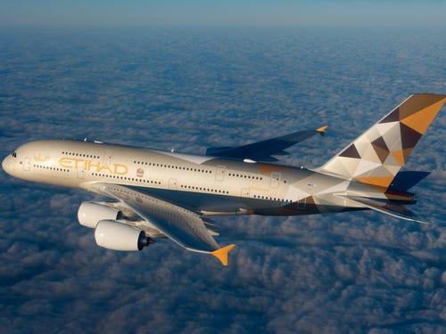 16 hãng hàng không có máy bay được sơn đẹp nhất - Ảnh 5.