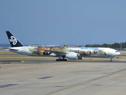 16 hãng hàng không có máy bay được sơn đẹp nhất - Ảnh 18.