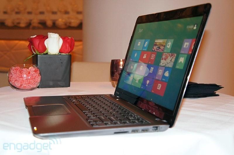 Toshiba giới thiệu laptop màn hình cảm ứng giá rẻ Satellite U845t 1