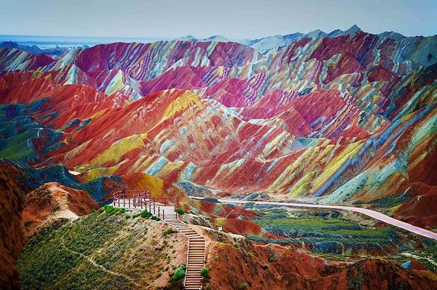 Khám phá những địa danh có vẻ đẹp kỳ ảo