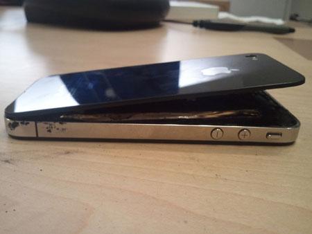 iPhone 5 bất ngờ phát nổ 2