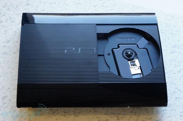 PS3 SuperSlim có gì mới? 8