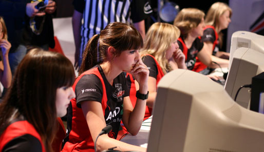Nữ game thủ eSports đối mặt với đầy rẫy bất công 2