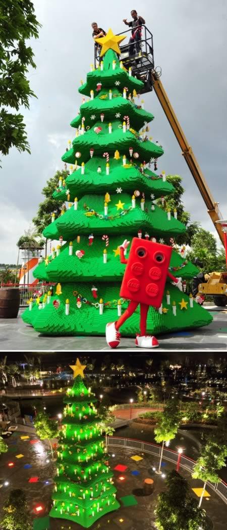 Cao nhất Lego Christmas Tree (Malaysia)