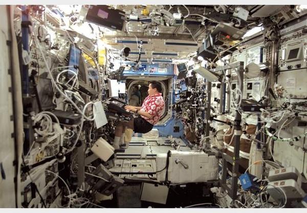 Những hình ảnh vũ trụ không thể không xem của năm 2014 23