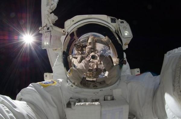 Những hình ảnh vũ trụ không thể không xem của năm 2014 30