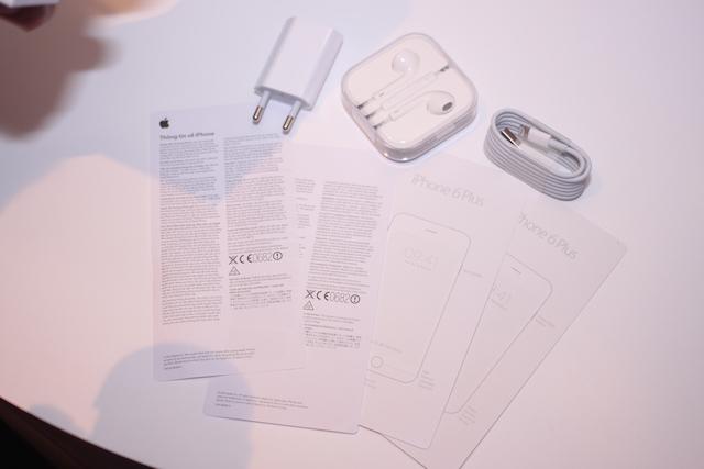 Phụ kiện của iPhone 6 chính hãng