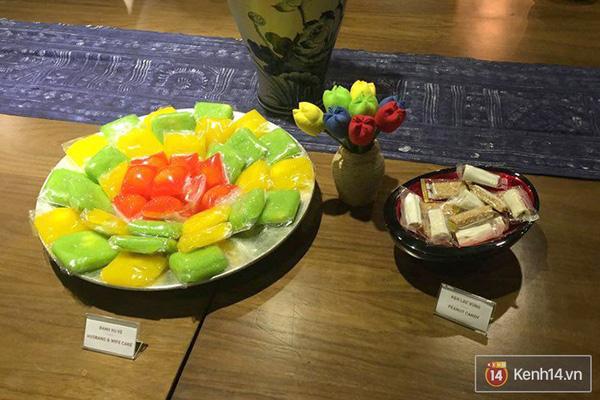 Kẹo dồi, kẹo lạc và bánh phu thê xuất hiện trên bàn tiệc Google