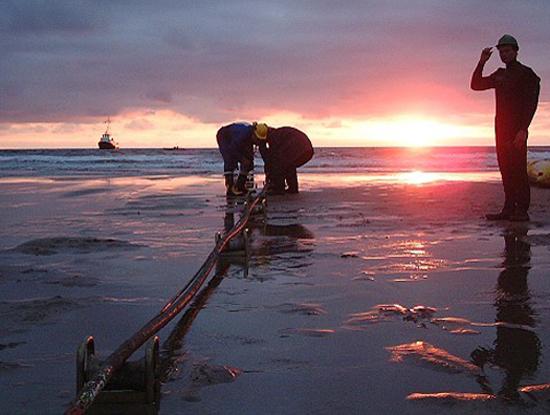 Sự cố đứt cáp ngày 23/4 đã được đơn vị điều hành tuyến cáp hoàn tất công tác khắc phục sửa chữa vào rạng sáng ngày 12/5/2015 (Ảnh minh họa. Nguồn: Internet)