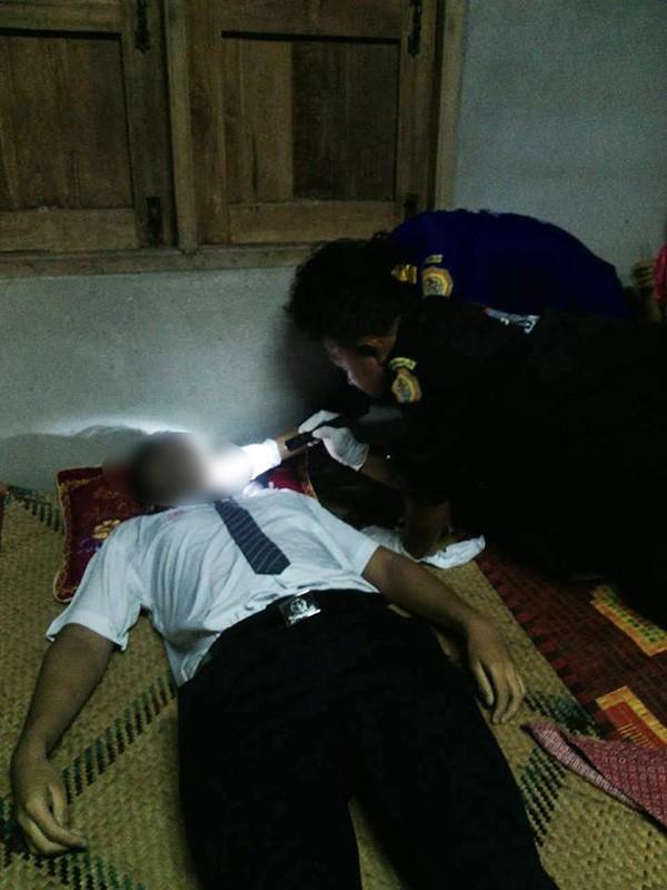 Cảnh sát tiến hành điều tra, khám nghiệm tử thi