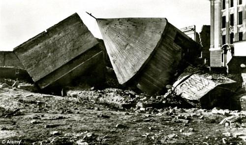 Vào năm 1947, khu phức hợp dưới lòng đất này đã bị phá hủy.