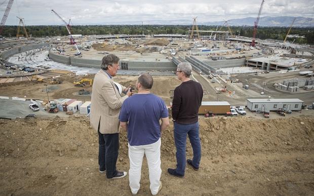Tọa lạc tại Cupertino, California, đây hiện là dự án lớn nhất của Apple
