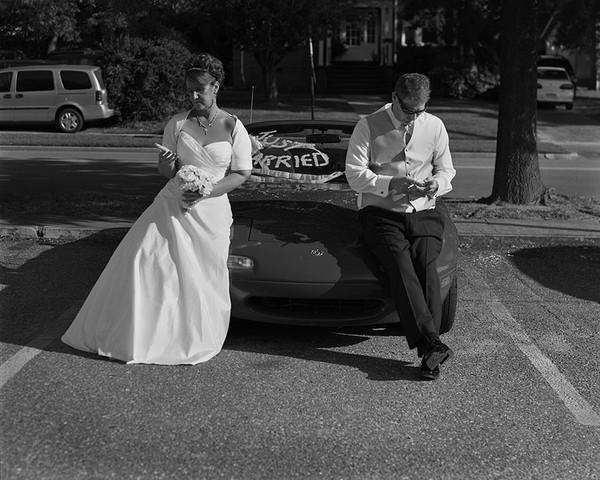 Cả cô dâu và chú rể...