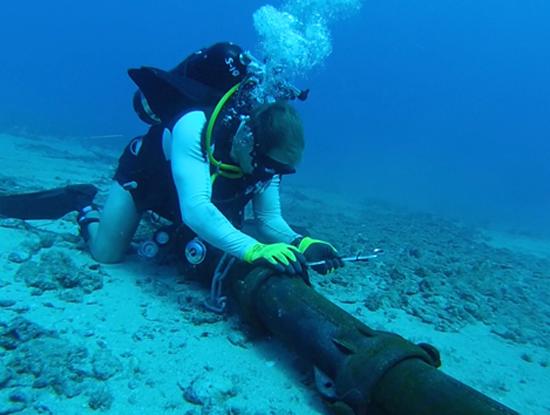 Từ khi được đưa vào hoạt động tháng 11/2009, tuyến cáp quang biển quốc tế AAG đã nhiều lần gặp sự cố. (Ảnh minh họa. Nguồn: Internet).