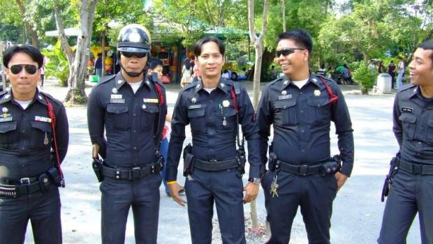 Hình ảnh cảnh sát tại Bangkok, Thái Lan.