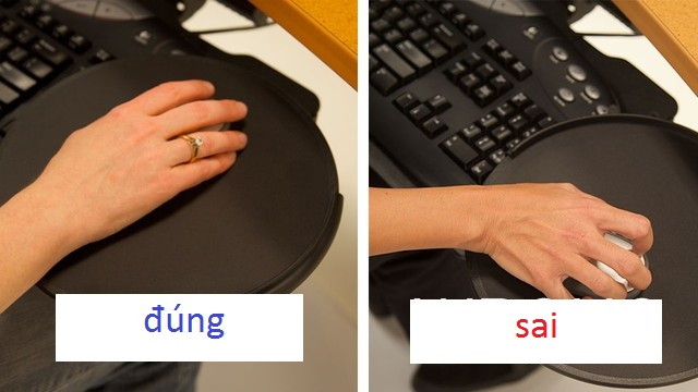 Không gian quán net hẹp dễ khiến tay cầm chuột bị đặt hướng chéo, ngón tay căng cứng (hình phải). Cách đặt tay thẳng như hình trái mới đúng chuẩn.