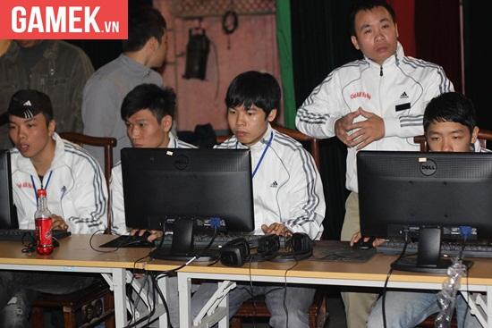Cách đây 4 năm, Linda và team Hà Nội đã xuất sắc đánh bại AoE Trung Quốc để giữ lại chức vô địch 4v4 Random.