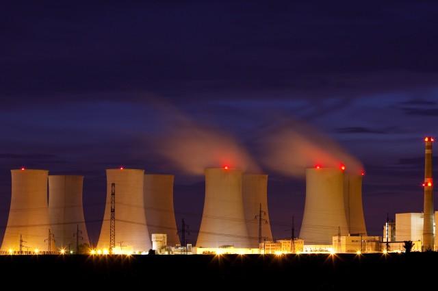 Nhật Bạn phụ thuộc khá nhiều vào nguồn điện hạt nhân.